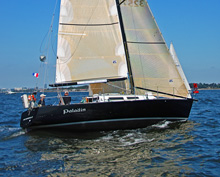 J/35 Paladin sailing double-handed in Vineyard sailboat race