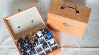 100均材料で作った精油ボックス