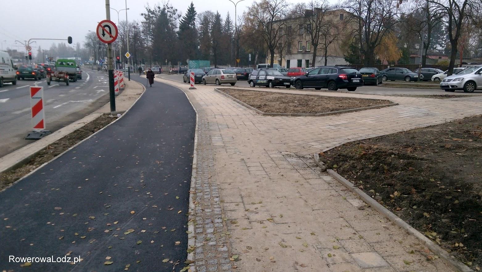 W ramach budowy odnowiono także okoliczne chodniki