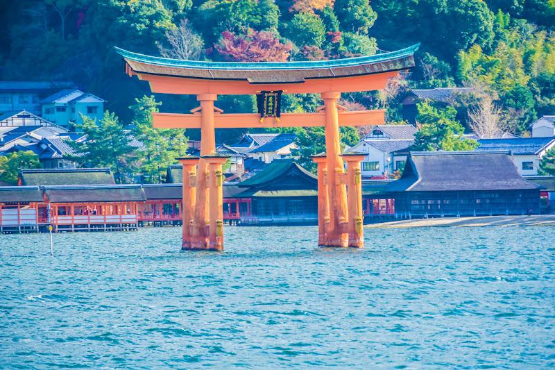 Miyajima Ferry O-torii Gate (the great Torii)2