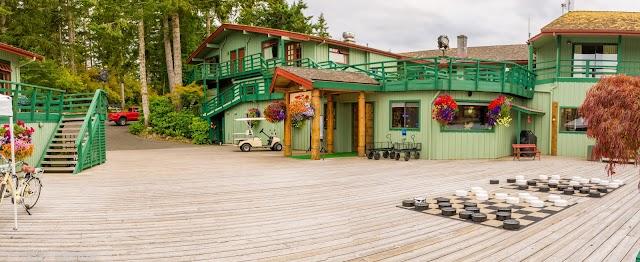Restaurant at April Point Resort