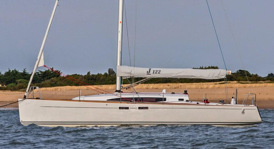 J/122 E cruiser racer sailboat