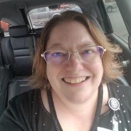 user Kendra Moerbeek apkdeer profile image