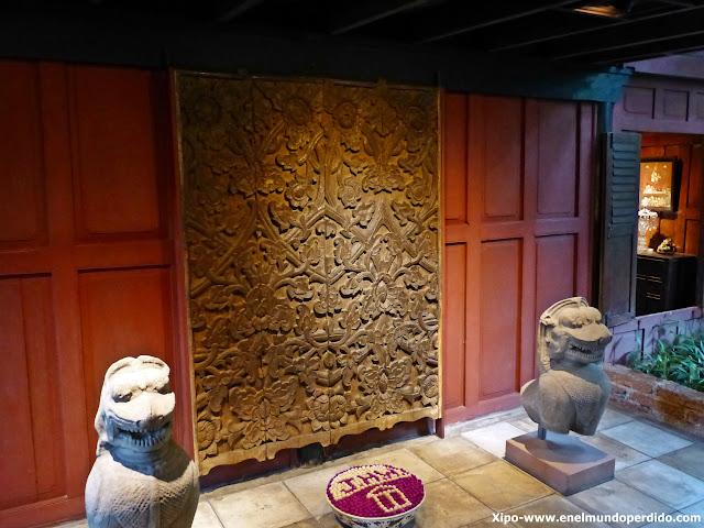 esculturas-casa-jim-thompson-bangkok.JPG