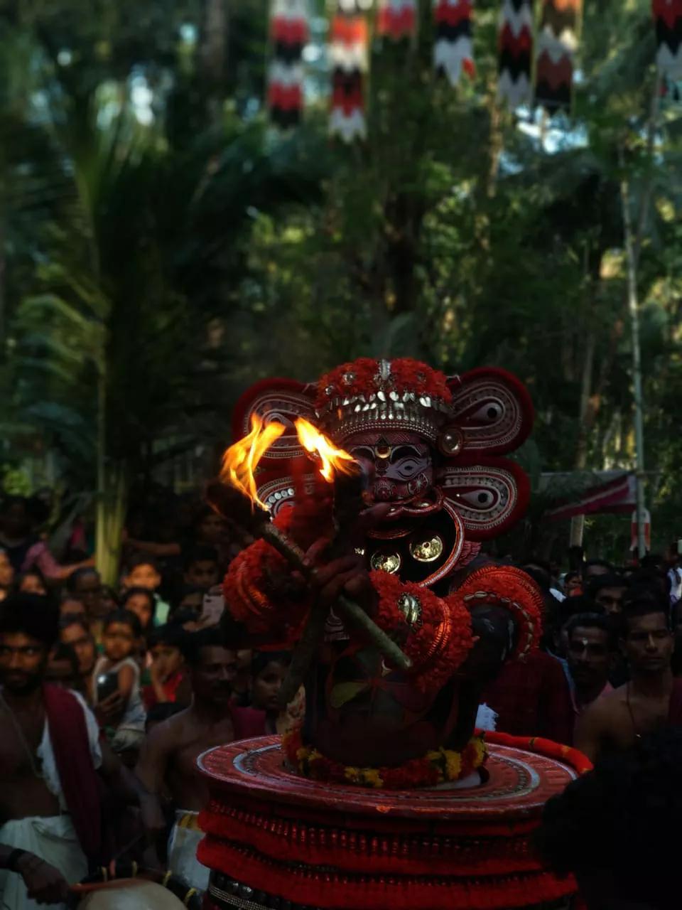 Kuttichathan Theyyam - കുട്ടിച്ചാത്തന് തെയ്യം 3