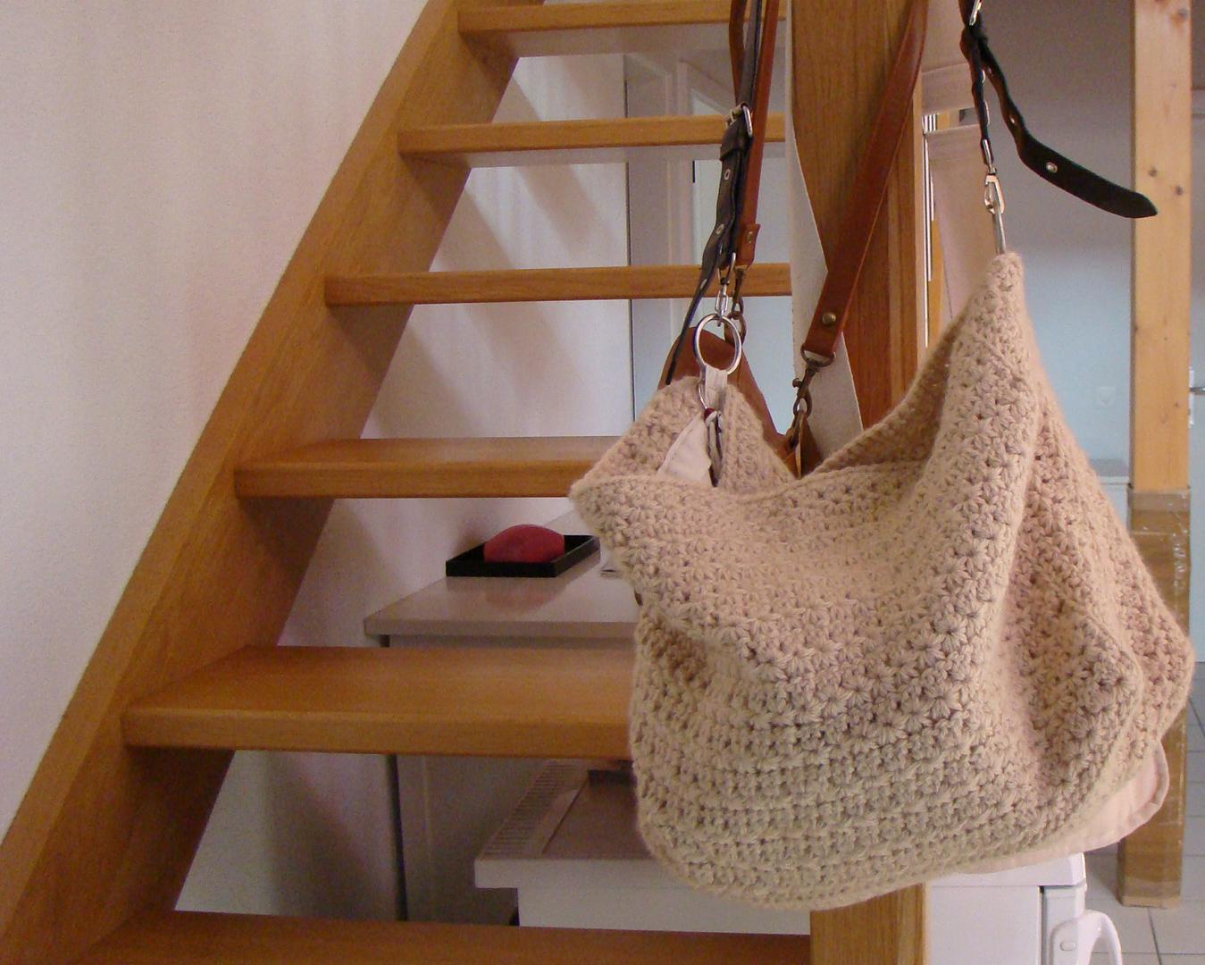 Crochet Craft Bag : Roving Around Crafts: hand made Star Crochet bag
