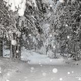 Снег идёт