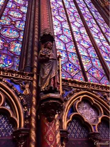 http://miscellaneesdecamille.blogspot.com/2015/12/j-visite-la-sainte-chapelle.html