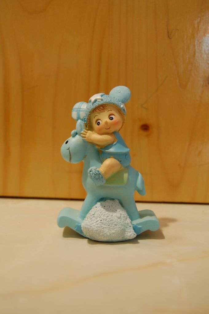 figurine-bapteme-cheval-bleu-garcon_1.jpg