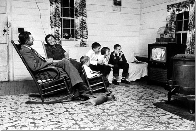 Children Watching TV in the Past (23)