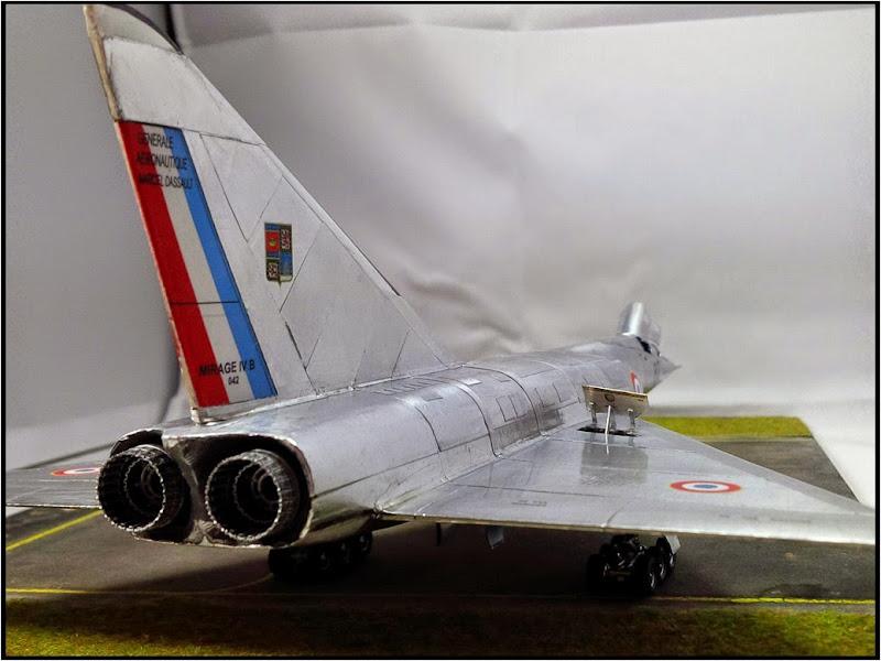 GAMD Mirage IV B. Un gros mirage IV, en scratch et au 72 IMG_20141007_191748