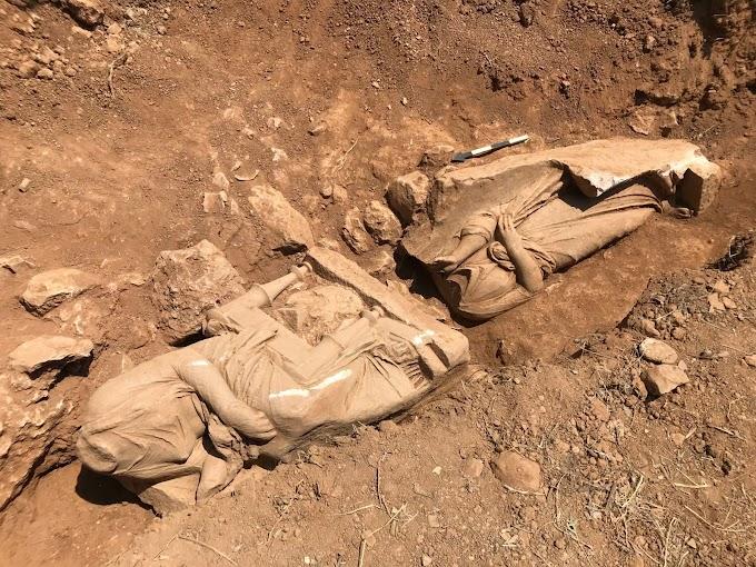 Εντοπίσθηκε επιτύμβιο ναόσχημο μνημείο από λευκό μάρμαρο, σε νεκροταφείο του αρχαίου δήμου της Παιανίας