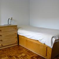 Room 07-bed