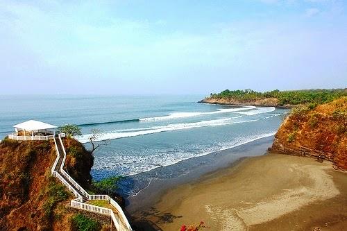 Playa El Cuco