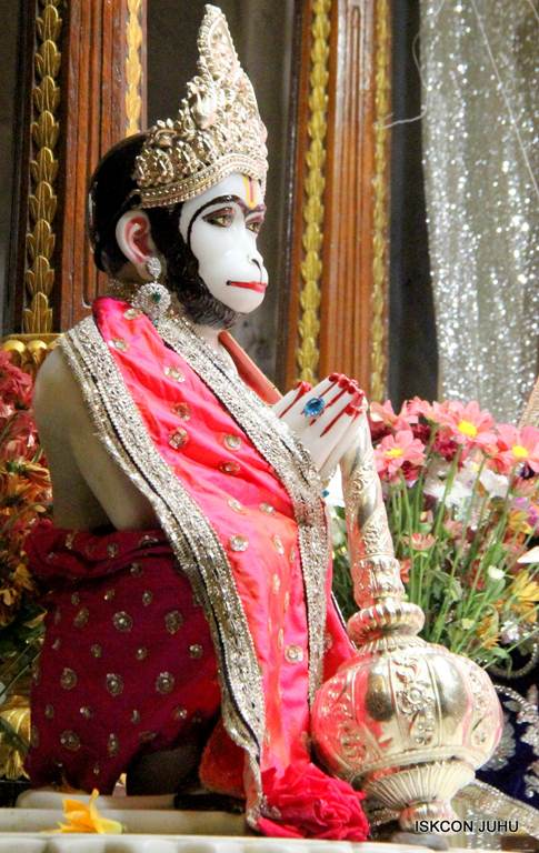ISKCON Juhu Mangla Deity Darshan 18 Dec 2015 (25)