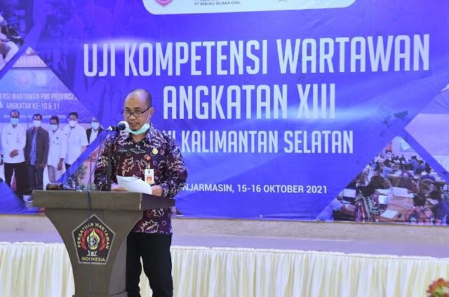 Gubernur Dorong Peningkatan Kompetensi Wartawan