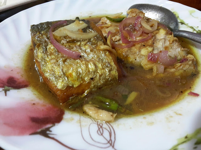 Lauk Buka Puasa di Rumah Ikan Tenggiri Goreng Asam, KAilan Ikan Masin, Udang Sweet Sour Lemon dan Udang Goreng