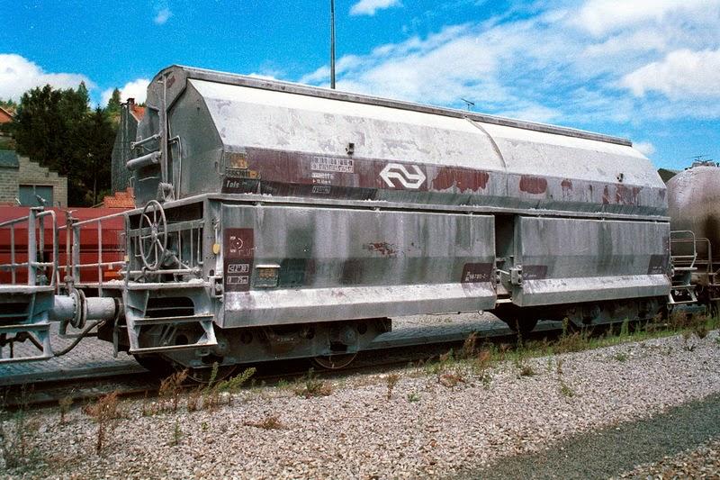 A4354 Kalkwagen Ns axel 7.jpg
