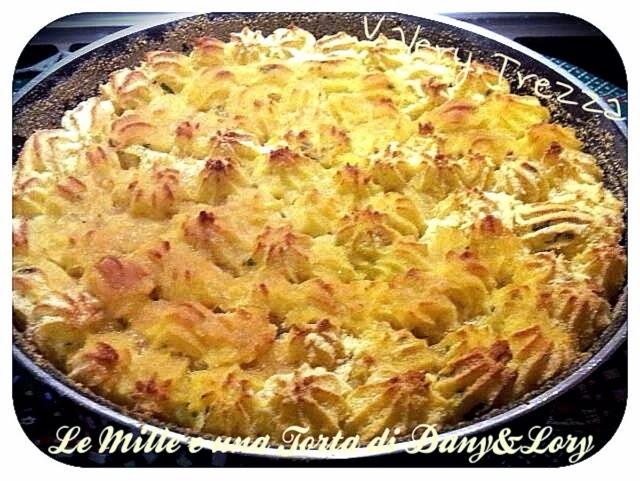 gateau di patate in fiocchi ripieno