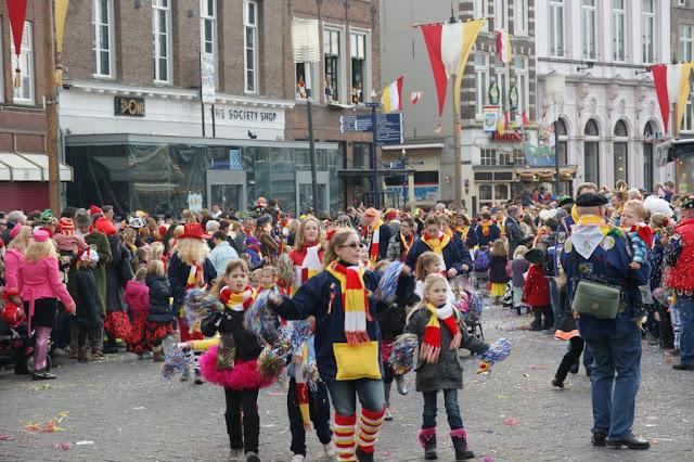 2012-02-19 tm 21 Carnaval in Oeteldonk - DSC04119.JPG