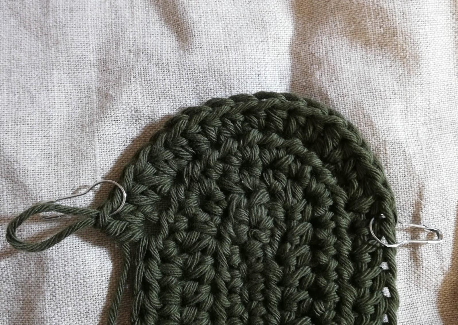 かぎ針編みのポーチ:4段目