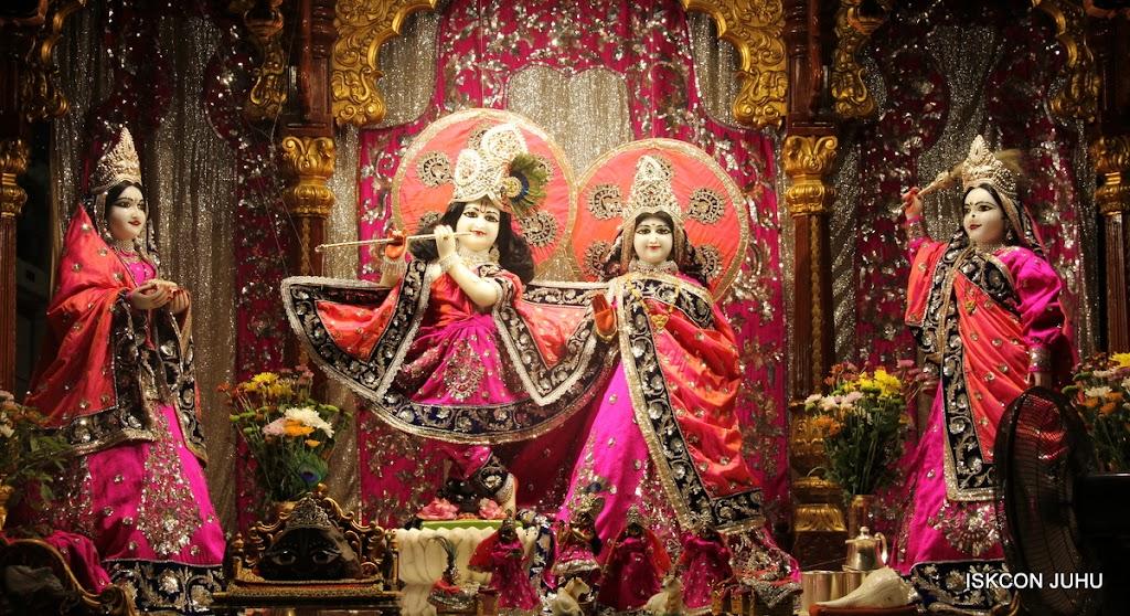 ISKCON Juhu Mangal Deity Darshan on 28th April 2016 (16)