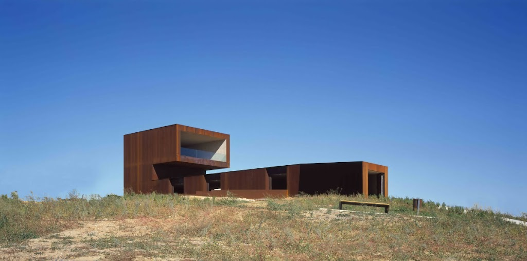 "Museum and Archaeological Park ""Cabezo de la Almagra"" design by  Cerrejon architects"