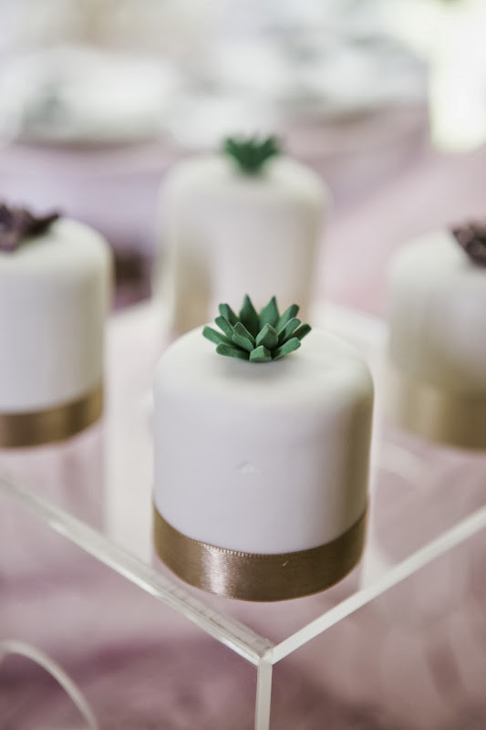 El Dorado Royale by Karisma - cc_mini_cakes.jpg