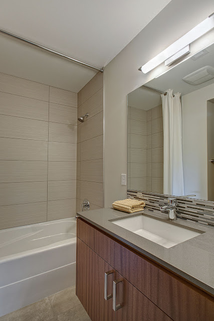 Bathroom - IMGM5252e1a-Print.jpg