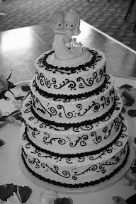 Wedding Cake title=