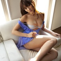 Bomb.TV 2009.03 Mikie Hara BombTV-hm006.jpg