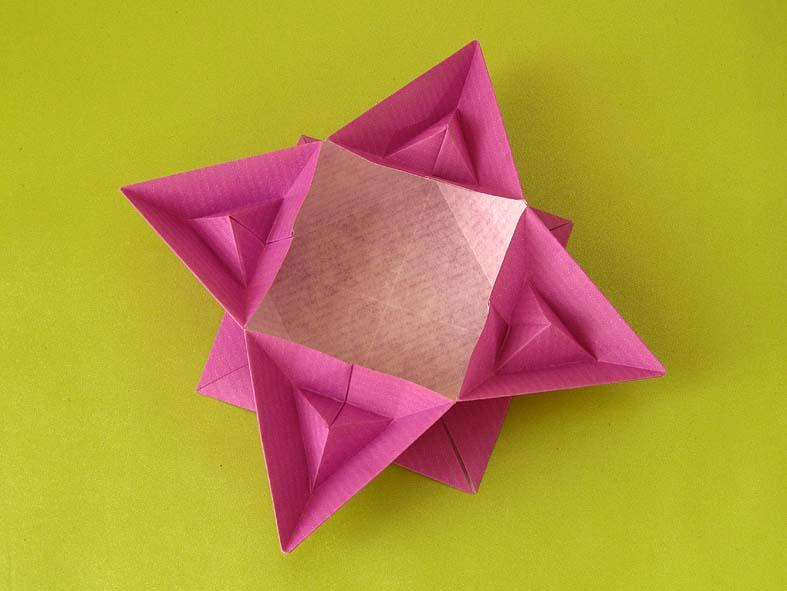 Origami Scatola piramidata by Francesco guarnieri
