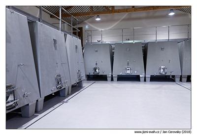 betonove-tanky