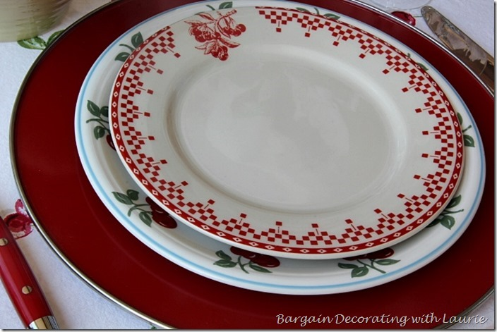 Red and whire Dinner Place Setting