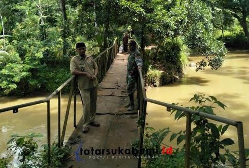 Dikhawatirkan Ambruk, Jembatan Sungai Cibening Purabaya Butuh Rehab