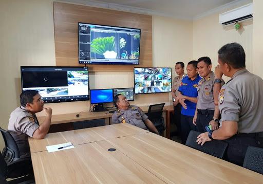Kontrol 43 CCTV di Command Center, Polres Tana Toraja Dapat Jempol dari Irwasda Polda Sulsel