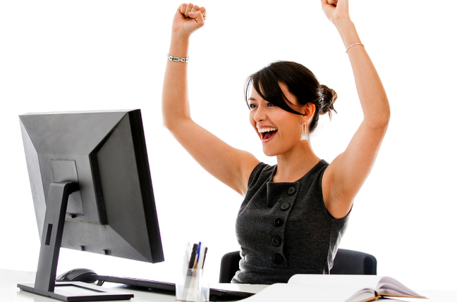woman_compute_happy_shutterstock