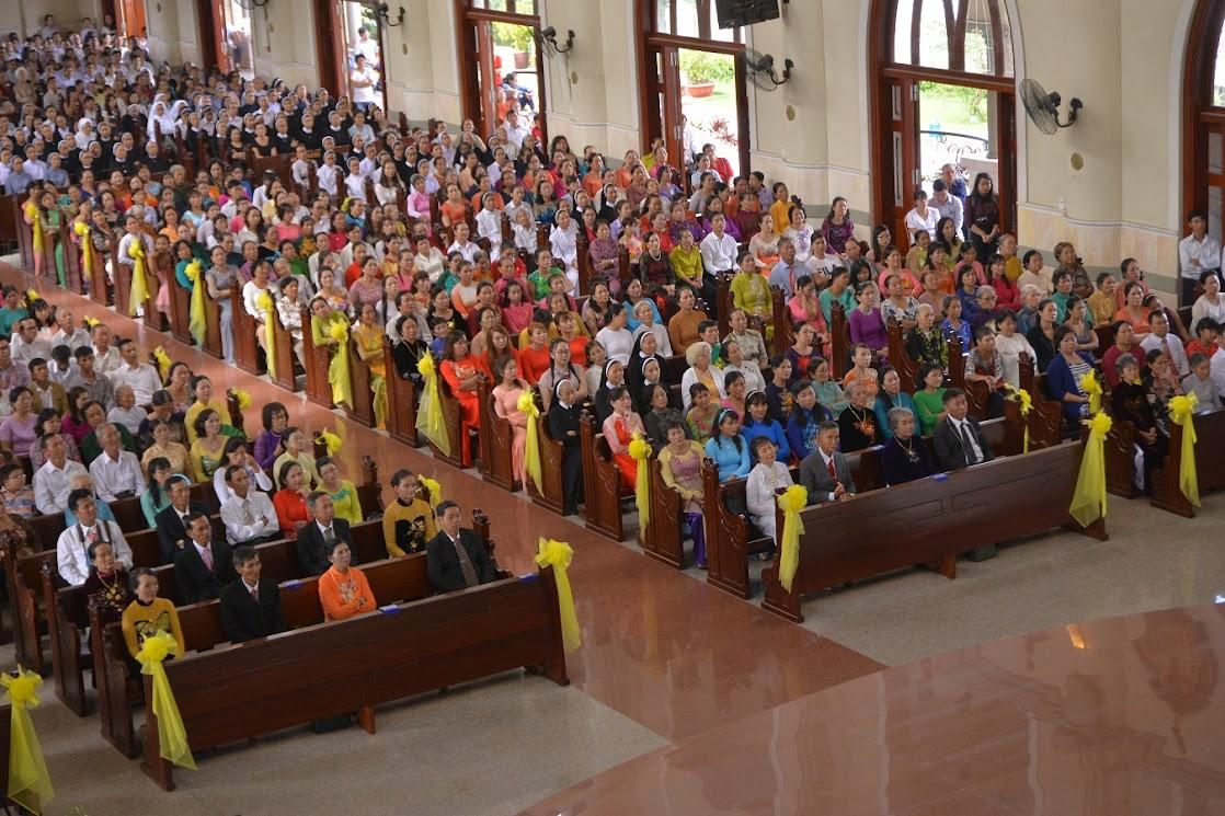 Thánh Lễ Truyền Chức Linh Mục Giáo Phận Phú Cường : Là Kitô Khác Chứ Không Phải Khác Kitô - Ảnh minh hoạ 15