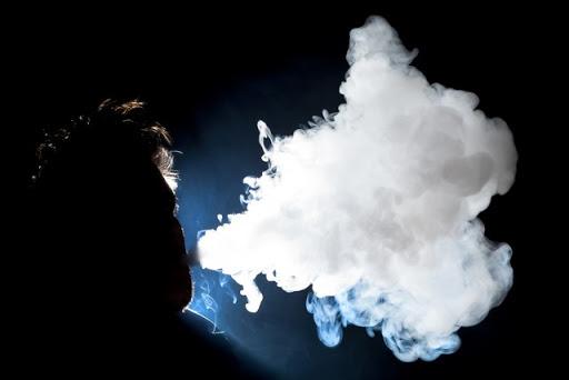 """vapecloud thumb%255B2%255D - 【健康】厚労省が一部の電子たばこ製品に発がん性物質があると調査内容をあきらかに。""""フリーラジカル""""で妊婦にも毒?【IQOS/Glo/Ploomtech】"""