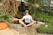 Pickup Artist Lesli Meditate Before Pickup