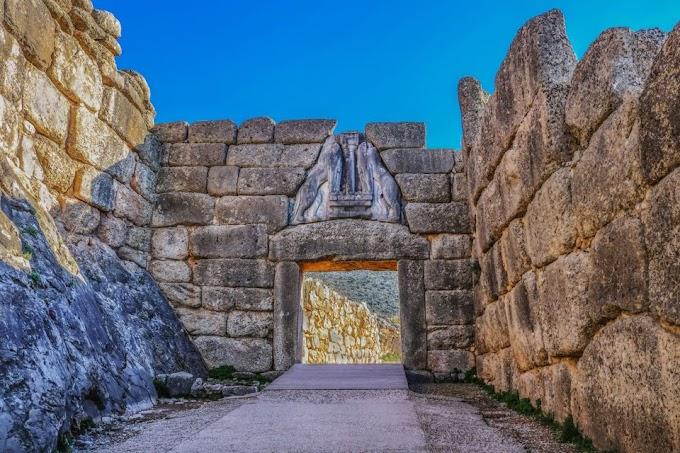 Φωτογραφίζοντας τις αρχαίες Μυκήνες ένα μήνα πριν τη φωτιά