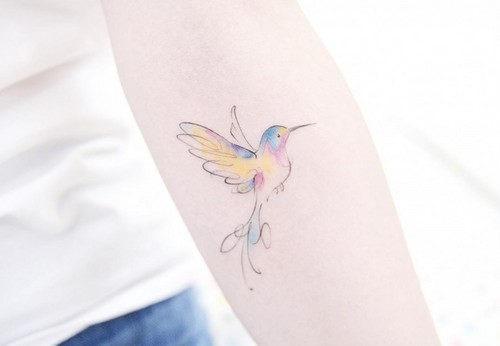 esta_muito_pequena_tatuagem_de_beija-flor