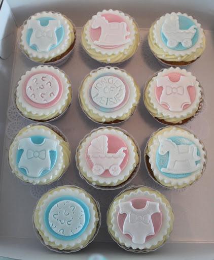 Hij of zij Cupcakes.JPG