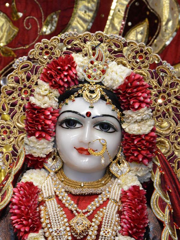 ISKCON Ahmedabad Deity Darshan 30 Mar 2016  (9)