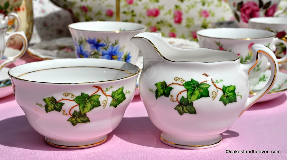 Colclough Ivy Leaf milk jug and sugar bowl