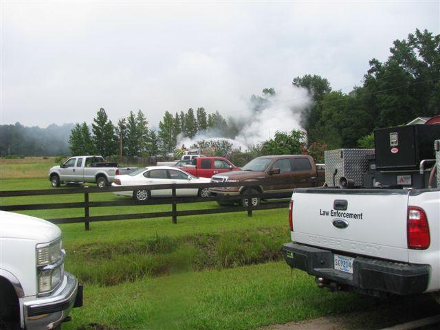 Friendfield Rd. Auto Repair Shop Fire 034.jpg