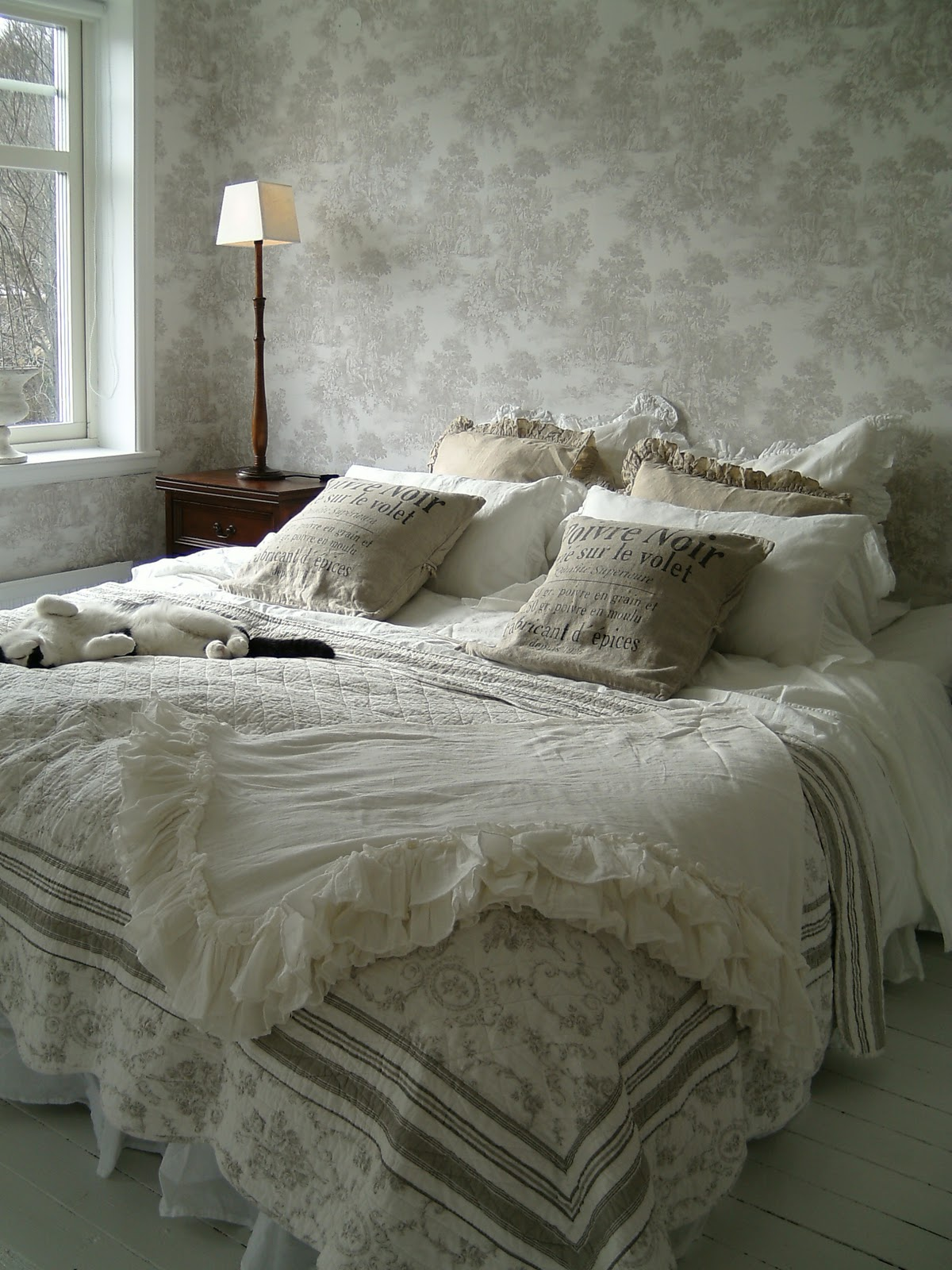 Michelle´s passion & lantliv i häggvall: nya sovrummet med walk in ...