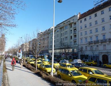 Protest_against_Uber_-_Budapest