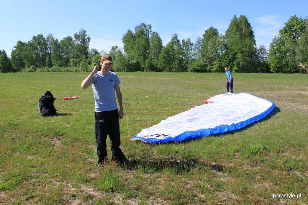 Szkolenia paralotniowe Maj 2012 - IMG_2544.JPG