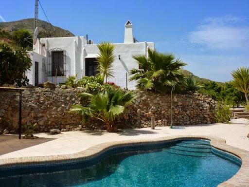 Casa en alquiler de vacaciones con 120 m2, 3 dormitorios  en Mojácar